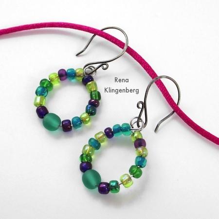 Memory Wire Earrings - Tutorial by Rena Klingenberg