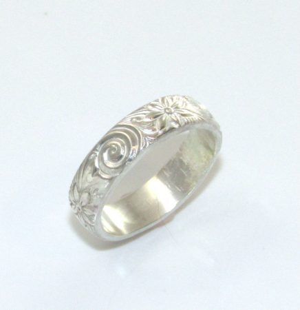 Patterned Wire Ring by Dianne Jacques  - featured on Jewelry Making Journal
