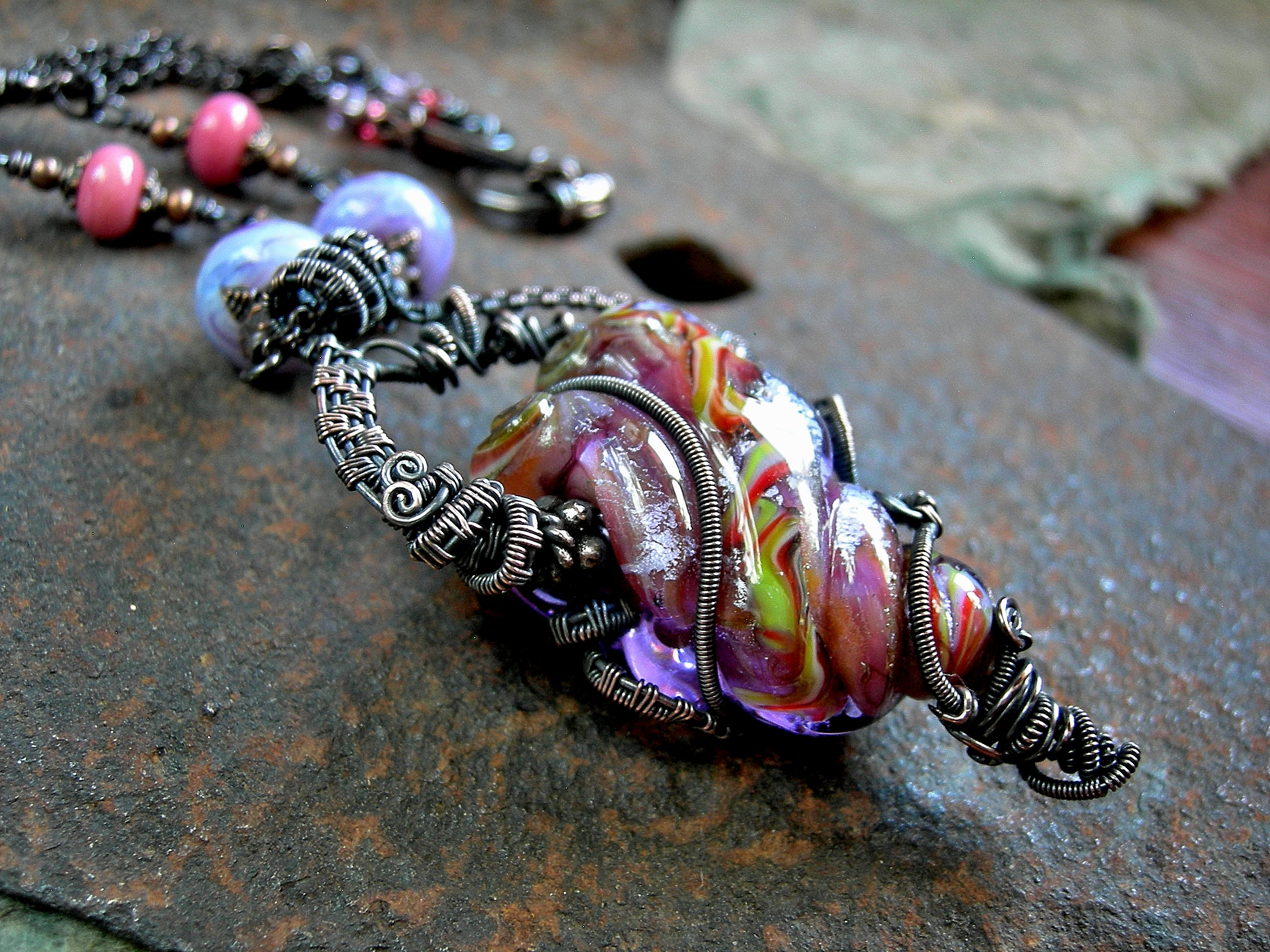 Twisted Love, Flame Worked Glass Art Bead Necklace