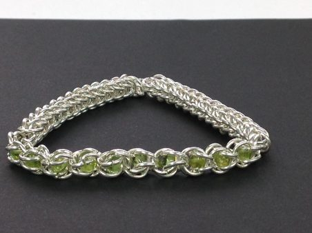 Emerald Bracelet with Chainmaille by Glenda  - featured on Jewelry Making Journal