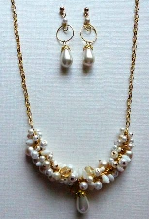 Winter Cluster Jewelry Set by Linette Arnold  - featured on Jewelry Making Journal