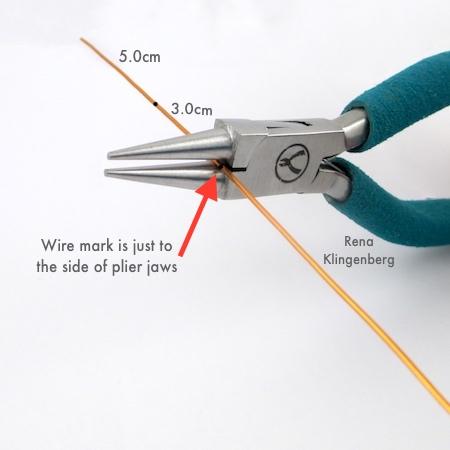 Bending wire for Spiral Heart Wire Bracelet - Tutorial by Rena Klingenberg