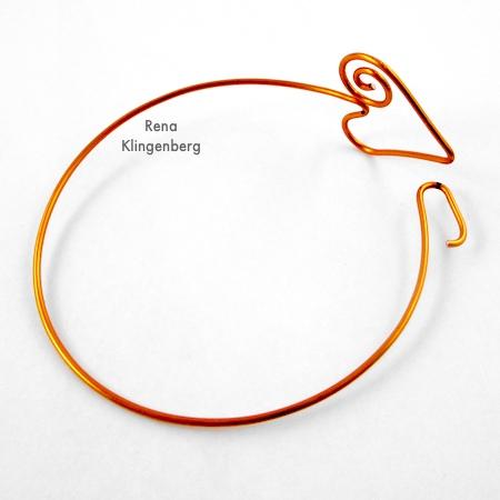 Finished Spiral Heart Wire Bracelet - Tutorial by Rena Klingenberg