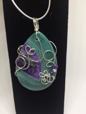 Wire Wrapped Agate Pendant by Christina Little  - featured on Jewelry Making Journal