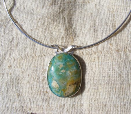Peruvian Opal Pendant by Barbara Jacquin  - featured on Jewelry Making Journal