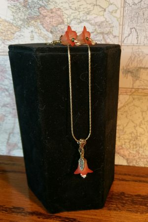 Peach Floral Necklace and Earrings by Chris Rehkop  - featured on Jewelry Making Journal