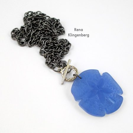 Toggle Pendant Necklace - Tutorial by Rena Klingenberg
