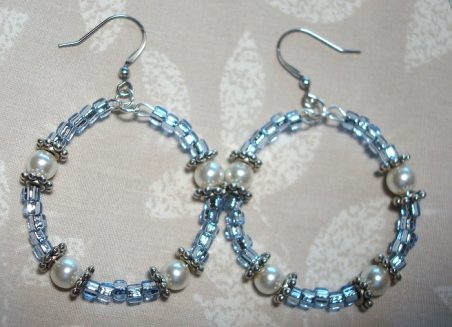 Memory Wire Hoop Earrings by Kathy Zee  - featured on Jewelry Making Journal