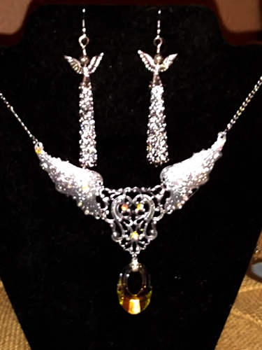 On Wings of Angels Jewelry Set by Lora Cotton  - featured on Jewelry Making Journal