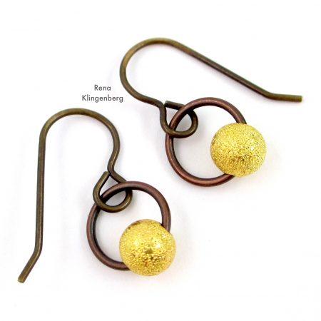 Quick & Easy Hoop Earrings Tutorial de Rena Klingenberg - Quick & Easy Hoop Earrings Tutorial de Rena Klingenberg - três metais diferentes