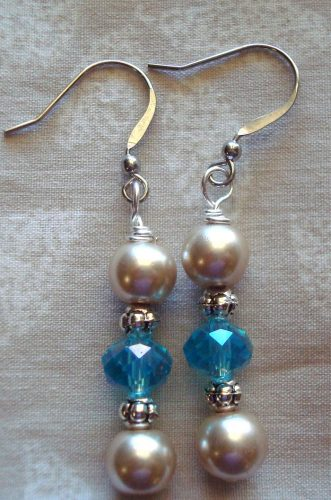 Earrings by Kathy Zee  - featured on Jewelry Making Journal