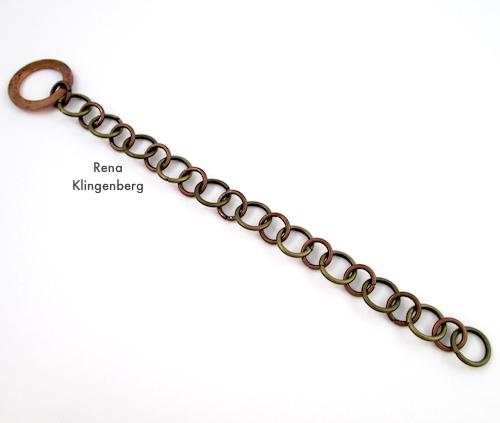 Tutorial de pulseira de corrente de metal resistente mista por Rena Klingenberg - fazendo a corrente