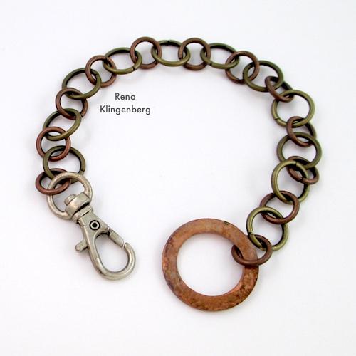 Tutorial de pulseira de corrente de metal resistente mista por Rena Klingenberg