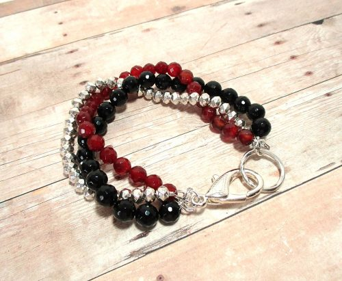 Carnelian-Onyx Bracelet by Linda Tenney  - featured on Jewelry Making Journal