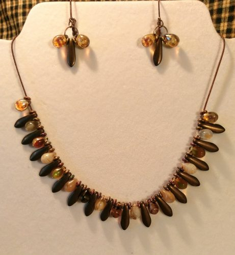 Dagger Bead Necklace Designs by Chris Rehkop  - featured on Jewelry Making Journal