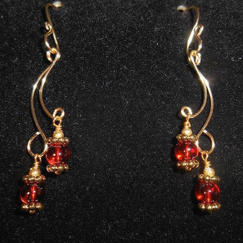 Christmas Sparkle Earrings by Laurie Bielby  - featured on Jewelry Making Journal