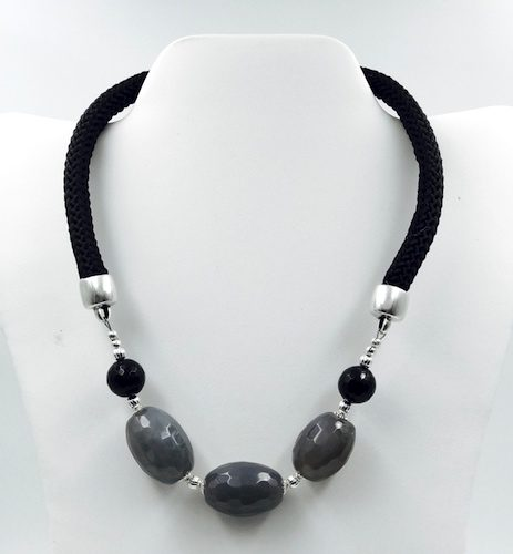 Statement Necklaces for Working Women by Tracy Cullen  - featured on Jewelry Making Journal