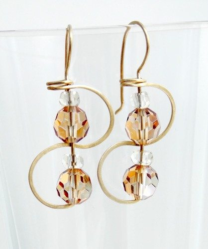 Earrings: Continuous Ear-Wire to Earrings by Ellie Williams  - featured on Jewelry Making Journal