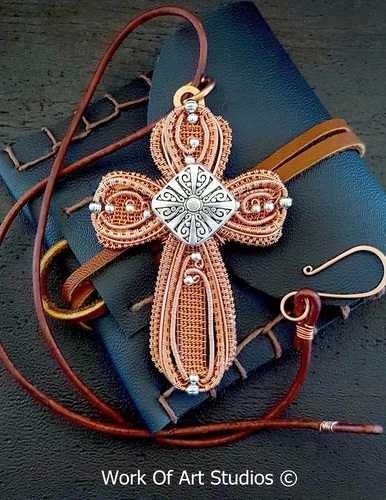 Copper Wire Cross by Daune Price-Hannah  - featured on Jewelry Making Journal