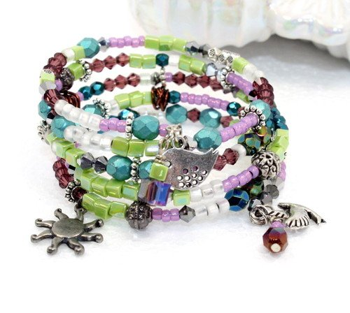Spring Bling Beaded Bracelet by Christi Uliczny  - featured on Jewelry Making Journal