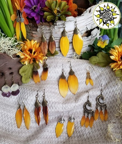 Jewelry Made from Real Flowers by Hillary Flanders  - featured on Jewelry Making Journal