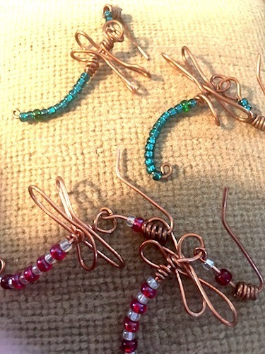 Wire Dragonflies by Linda Lohraff  - featured on Jewelry Making Journal