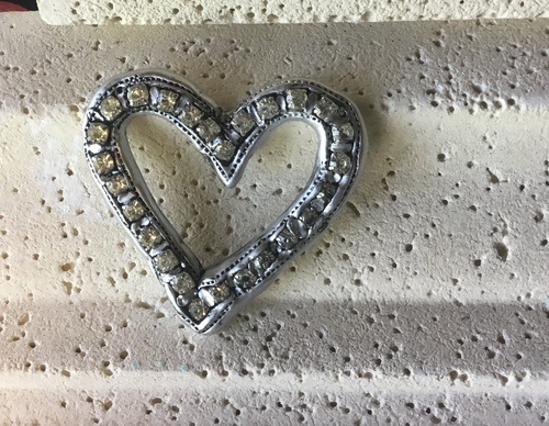 Faux Silver Heart Pendant by Glenda Munguia  - featured on Jewelry Making Journal