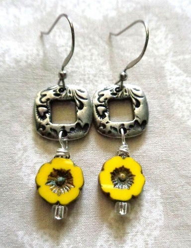 Simple Earring Ideas by Kathy Zee  - featured on Jewelry Making Journal