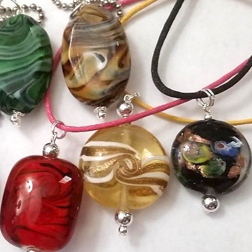 What Are These Beads?  - Discussion on Jewelry Making Journal