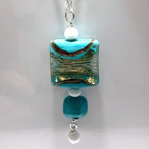 That Summer Blue Murano Glass by Patricia Pojer  - featured on Jewelry Making Journal