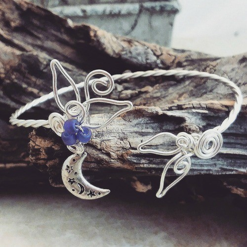 Sculpted Wire Bracelet Series by Thyme2dream by Karla Hall  - featured on Jewelry Making Journal