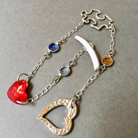 Autism Awareness Bracelet by Jennifer Del valle  - featured on Jewelry Making Journal