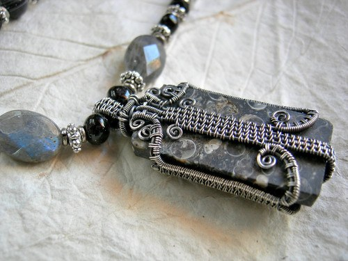 Dramatic Dark Jewelry by Cherie Somerville  - featured on Jewelry Making Journal