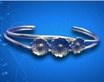 Silver Daisy Cuff by Kim Pernia - featured on Jewelry Making Journal