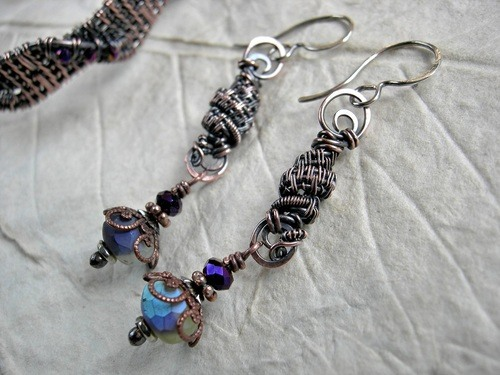 Mom's Gift by Cherie Somerville  - featured on Jewelry Making Journal