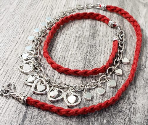 Christmas Hearts and Red Leather by Janet MacFarlane  - featured on Jewelry Making Journal