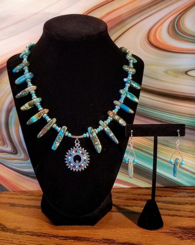 Post-Holiday Blues Necklaces by Chris Rehkop  - featured on Jewelry Making Journal