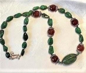 Same Beads, Different Styles, by Jennifer Prim